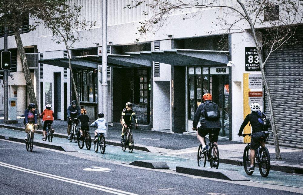 34124-MLS-Bikeriders on Clarence St