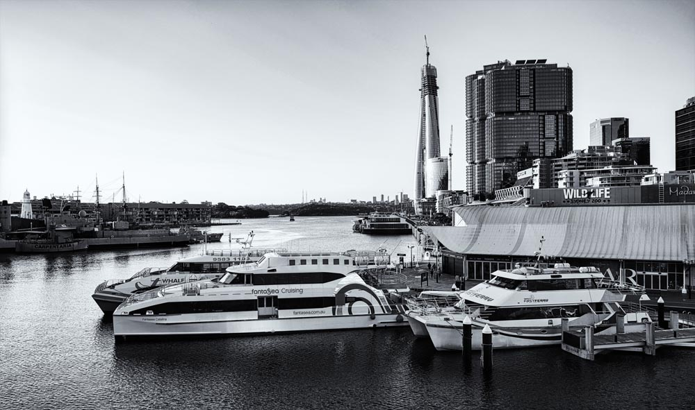 34125-MLS-Darling Harbour Boats BW-081